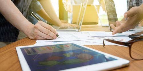 Fit für die neue Arbeitswelt – die betriebliche Weiterbildung der Zukunft
